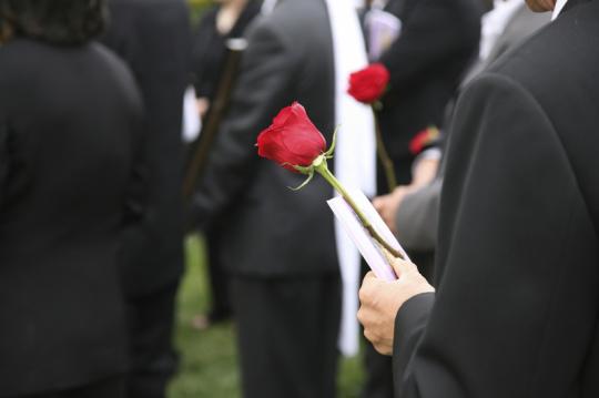 Bestattungsunternehmen, Friedhofsgärtner, Blumen Schurig
